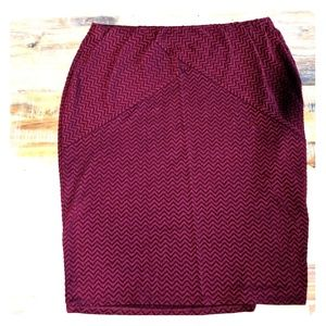Maurices wine colored pencil skirt XL